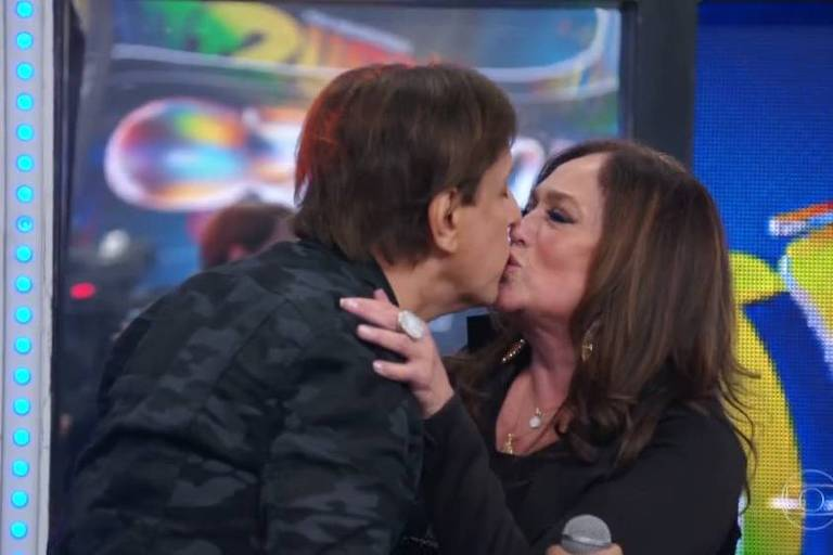 Susana Vieira aos beijos no Domingão do Faustão