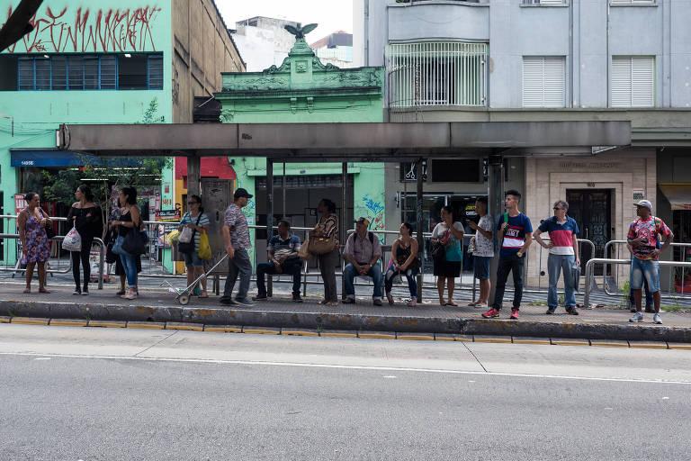 As paradas de ônibus do centro de São Paulo