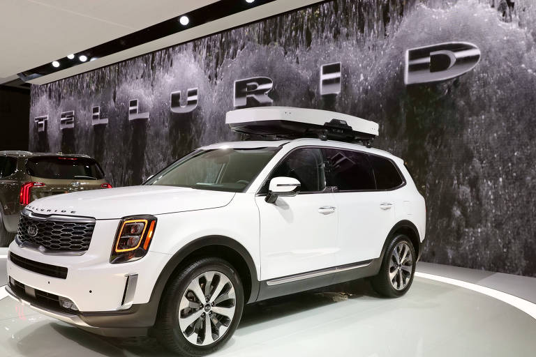 Kia lança novo utilitário de luxo no Salão do Automóvel de Detroit