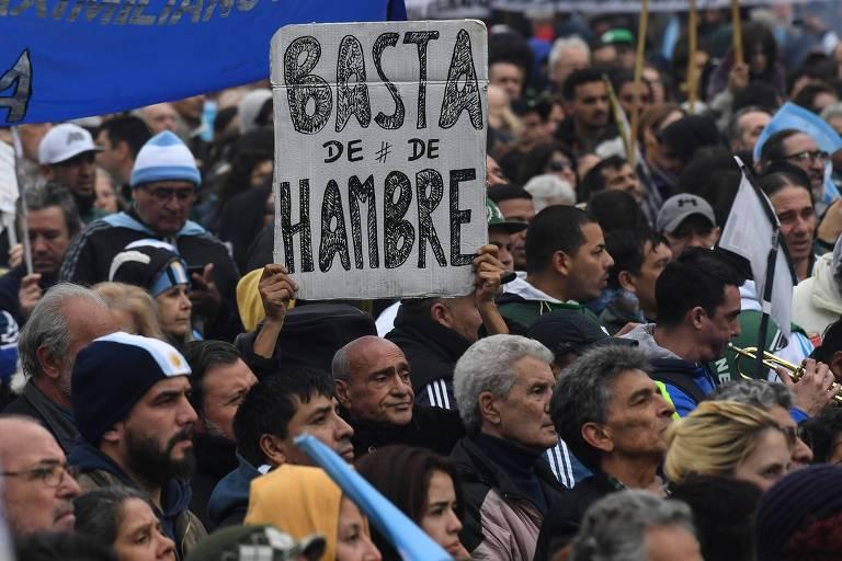 Protesto contra o governo e a alta da inflação em Buenos Aires