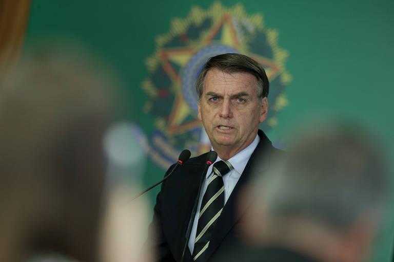O presidente Jair Bolsonaro durante a assinatura de decreto que modificou a regulamentação para posse de arma de fogo no Brasil