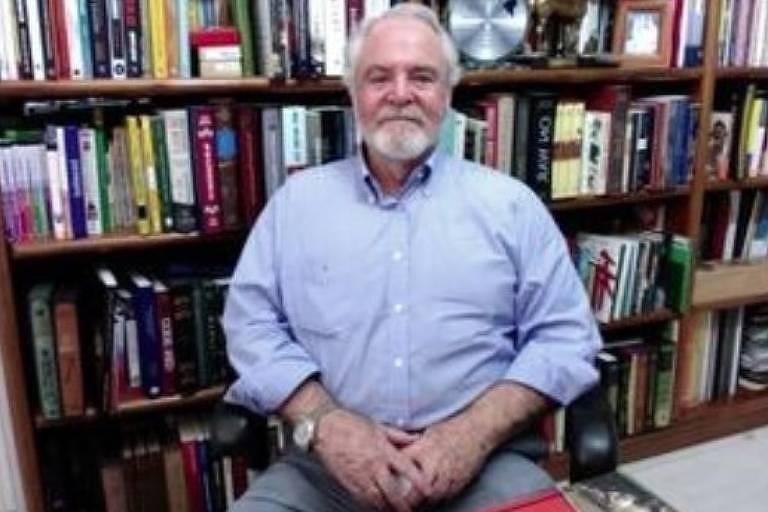 Retrato de John Forman