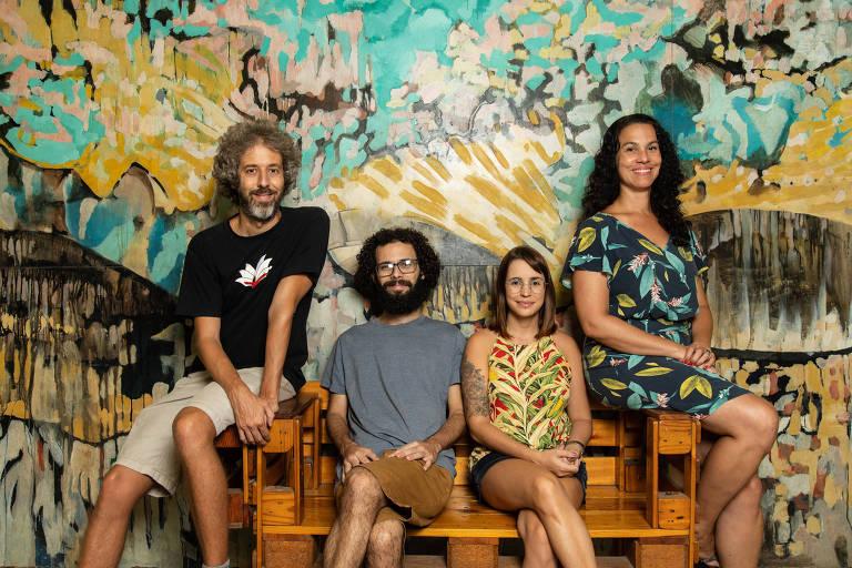 Olavo Amaral, líder da Iniciativa Brasileira de Reprodutibilidade e os pesquisadores Kleber Neves, Clarissa Carneiro, e  Ana Paula Sampaio