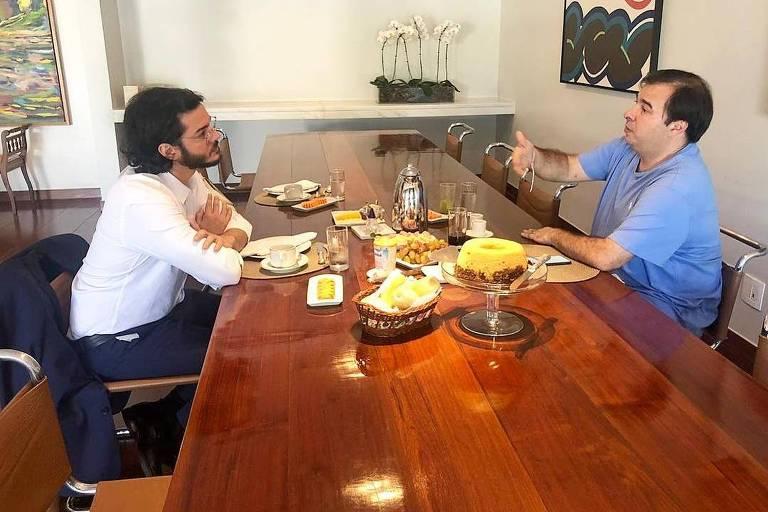 Túlio Gadêlha e Rodrigo Maia tomam café da manhã juntos