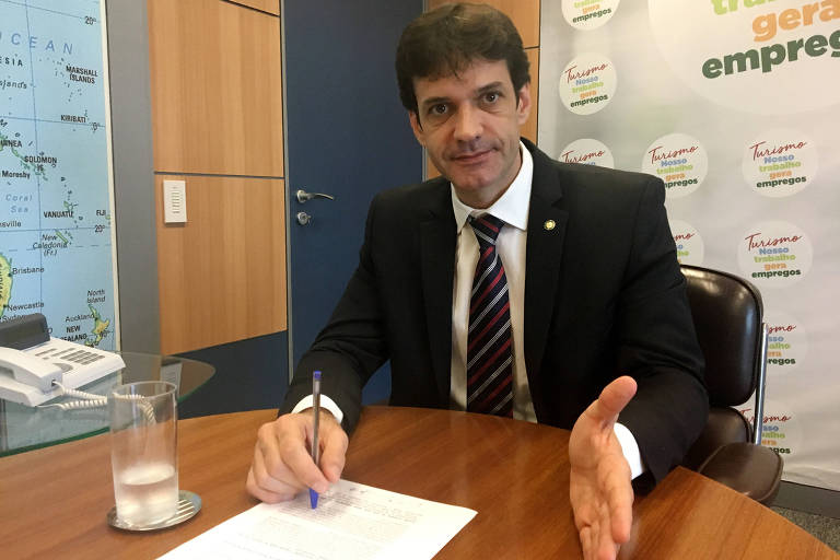 O ministro do Turismo, Marcelo Álvaro Antônio (PSL-MG), que teria participado de esquema de candidaturas de laranjas em Minas Gerais