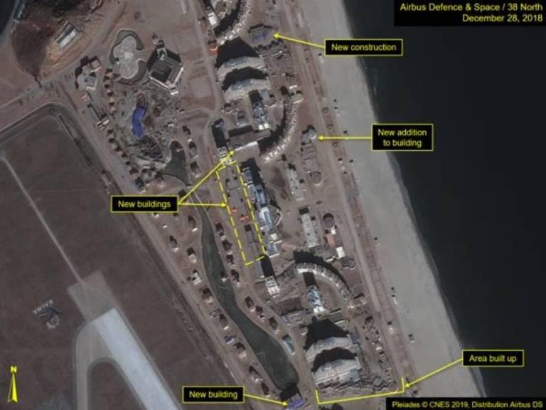 Imagem de satélite de área em construção