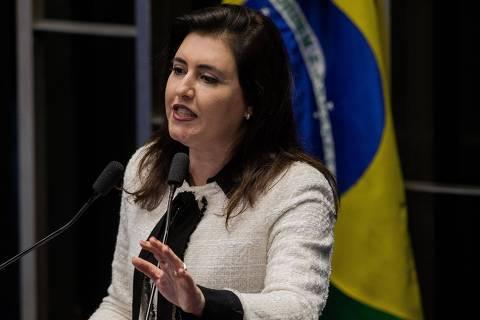 BRASILIA, DF, BRASIL, 11-05-2016: A senadora Simone Tebet (PMDB-MS), discursa durante sessao do impeachment da presidente Dilma Rousseff, no Senado Federal. (Foto: Eduardo Anizelli/Folhapress, PODER)