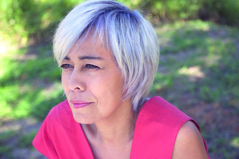 A jornalista e escritora Brenda Fucuta, autora de Hipnotizados