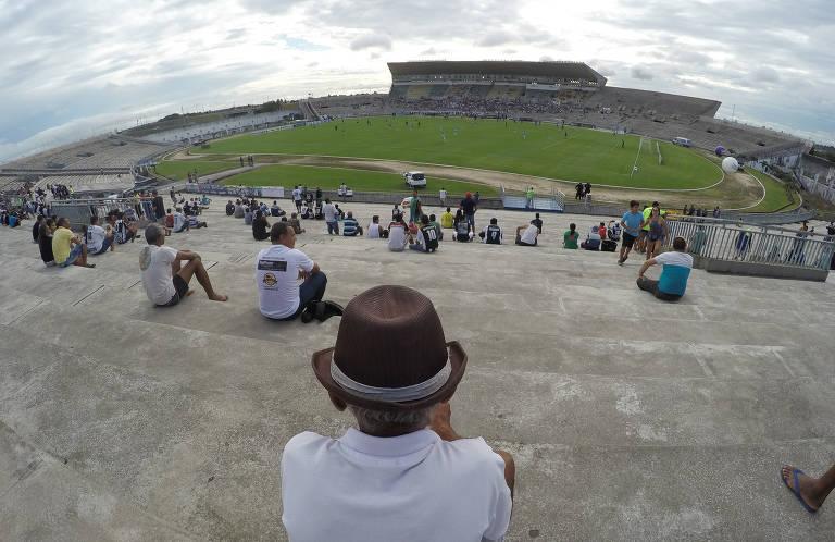 Estádio vazio na Paraíba