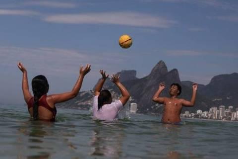 Para algumas pessoas, hábito dos brasileiros de falarem coisas no diminutivo vem da infância