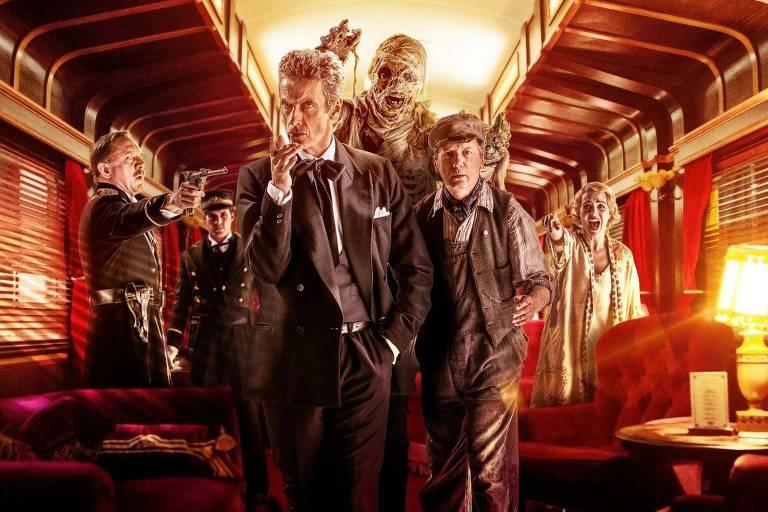 "Cartaz promocional da oitava temporada de ""Doctor Who"""