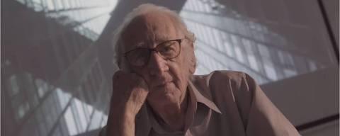 Carlos Augusto, que resolveu fazer faculdade de arquitetura aos 91 anos