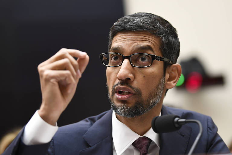 Presidente-executivo do Google, Sundar Pichai, fala no Capitólio