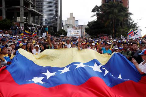 Brasil e EUA reconhecem Juan Guaidó como presidente interino da Venezuela