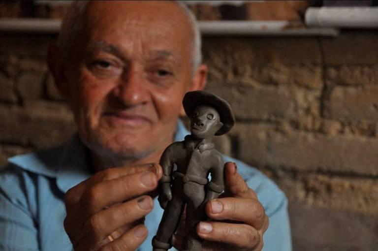 Mortes: Mestre da arte de Caruaru, viveu se apresentando como aprendiz