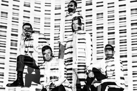 Kevin Richardson, Brian Littrell, A.J. McLean, Nick Carter e Howie D, dos Backstreet Boys