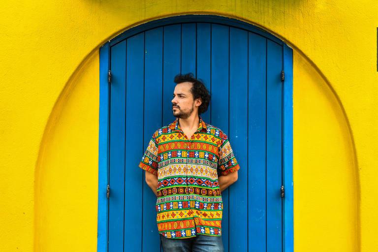 Sem patrocínio, Estevão Romane, 31, não vai conseguir trazer o bloco do Sidney Magal para o Carnaval de São Paulo