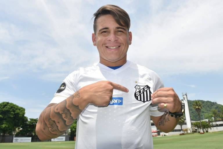 O meia Yeferson Soteldo foi a primeira contratação do Santos para a temporada