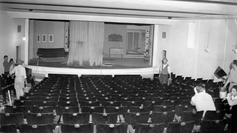 Sala de espetáculos do teatro em 1955