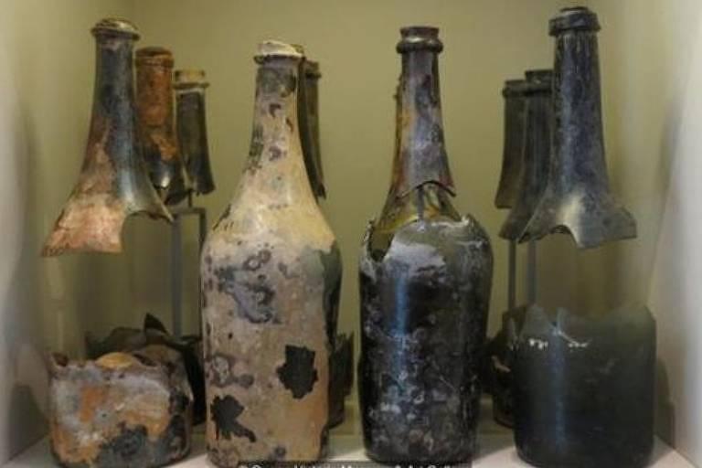Cerveja é recriada a partir de garrafas de 220 anos encontradas no fundo do mar
