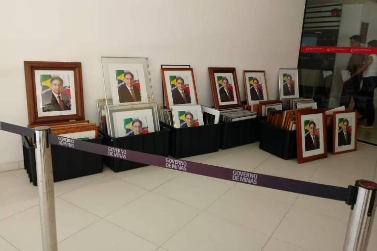 Governo Zema expõe fotos institucionais do antecessor Pimentel