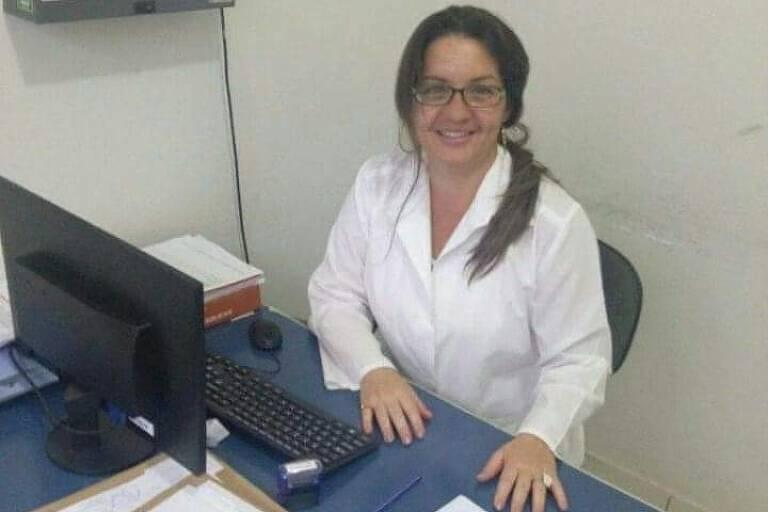 A médica cubana Griela Tirse no município Três Marias (MG)