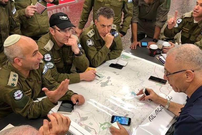 Equipe de Israel faz reunião para traçar estratégia de resgate