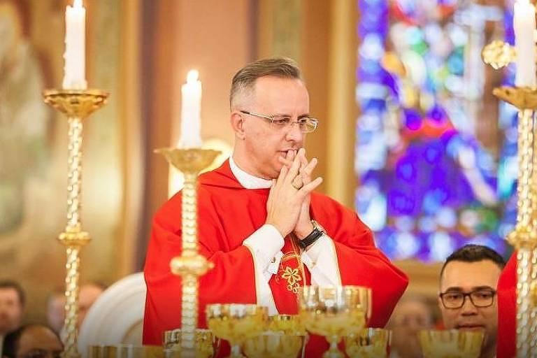 O padre Pedro Leandro Ricardo, que foi afastado sob a suspeita de suposto assédio sexual cometido contra quatro ex-coroinhas. O religioso nega