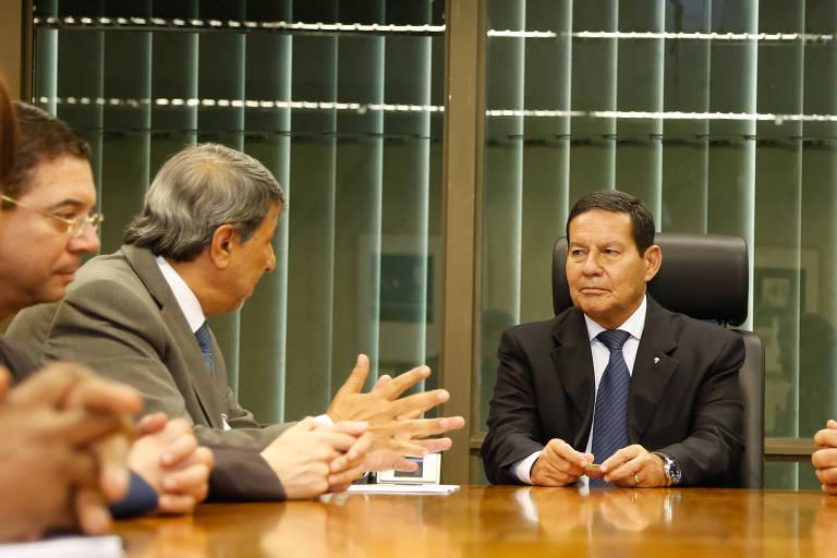 Mourão diz que Brasil não pensa 'por enquanto' em mudança de embaixada em Israel