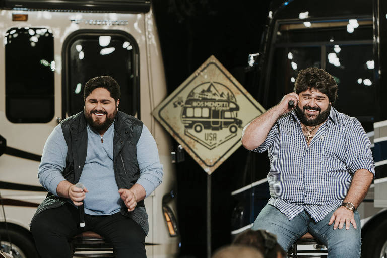 César Menotti e Fabiano se divertem durante gravação