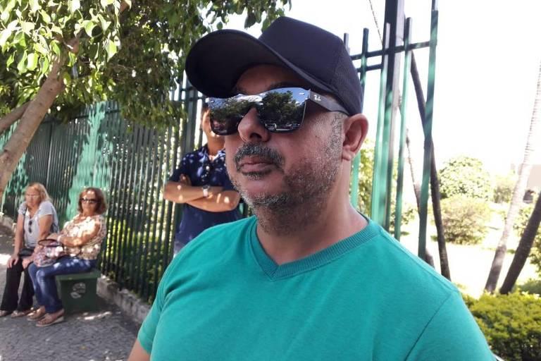 Walisson Matos, de 43 anos, lamenta a morte da patroa, Cleosane Coelho Mascarenhas, uma das vítimas da tragédia em Brumadinho