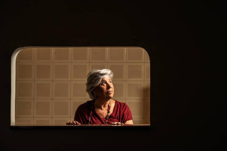 A doula da morte e economista Elca Rubinstein, 73 anos