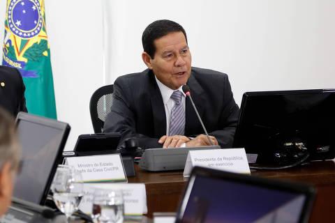 Abertura comercial do país deve ser lenta, gradual e segura, diz Mourão