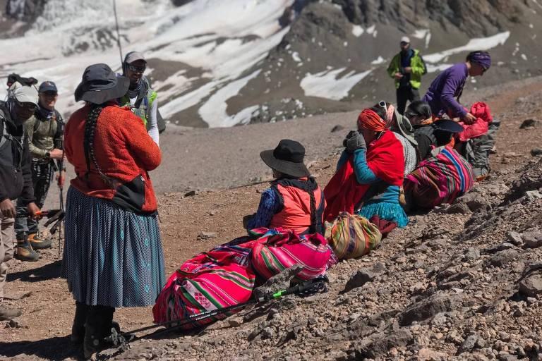 Cholitas bolivianas conseguiram chegar ao topo do Aconcágua