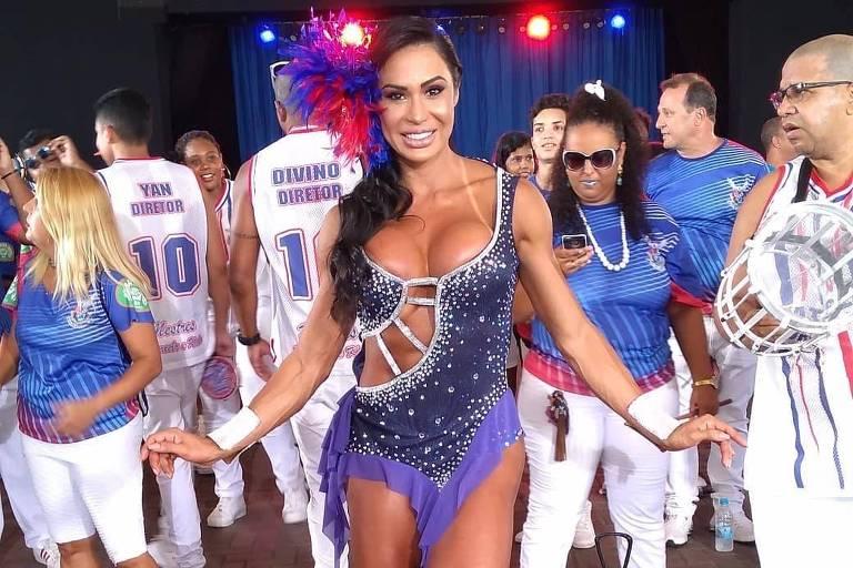 Carnaval 2019: Gracyanne Barbosa durante ensaio da União da Ilha