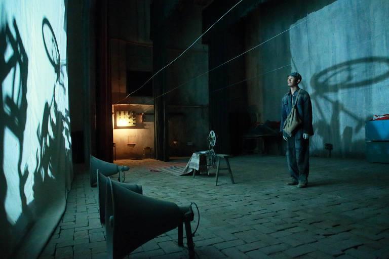 Cena do filme 'Yi miao zhong' ('One Second'), de Zhang Yimou, em competição no Festival de Berlim 2019