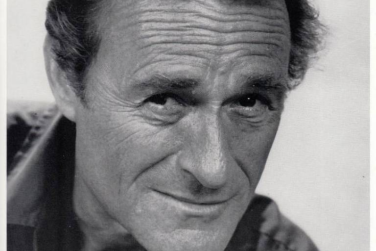 Retrado do ator americano Dick Miller