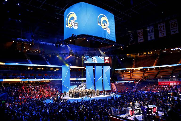 Evento de abertura do Super Bowl 53, em Atlanta, com o time do Los Angeles Rams
