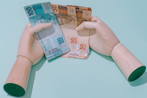 Elite do funcionalismo embolsa R$ 1,7 bilhão com bônus por multas