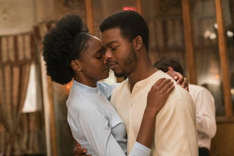 KiKi Layne e Stephan James em 'Se a Rua Beale Falasse', de Barry Jenkins