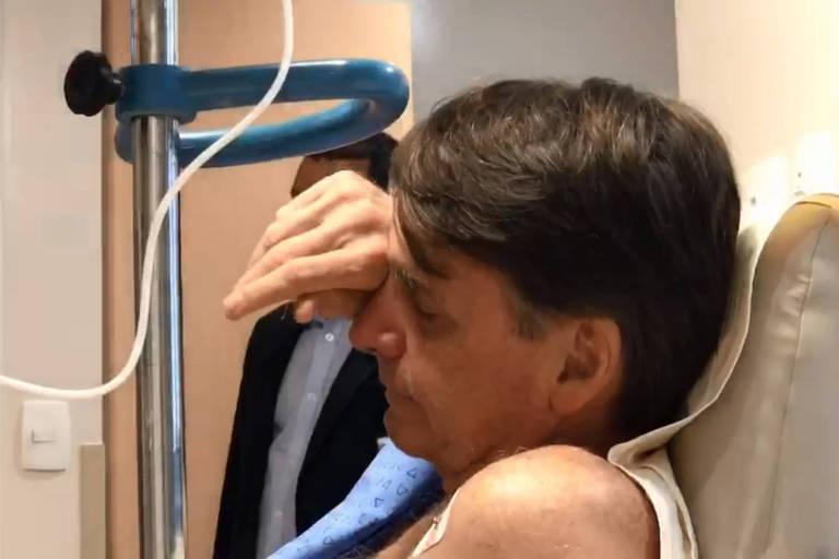 Bolsonaro se recupera de cirurgia para retirada de bolsa de colostomia