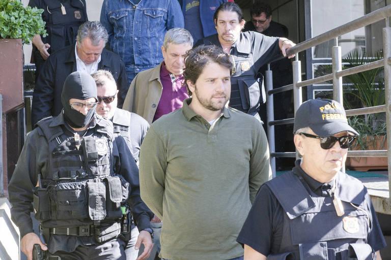 O ex-deputado Luiz Argolo (camisa verde)