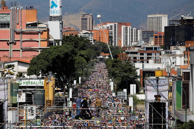 Protesto em Caracas contra governo de Maduro