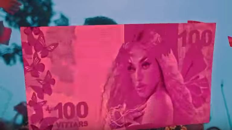 Pink Money/Fake News de Pabllo Vittar em clipe de 'Seu Crime'