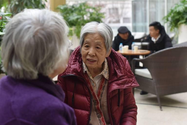 Como ser uma boa escutadora de velhinhos