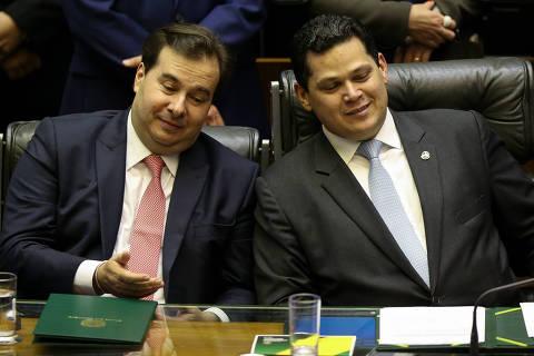 Congresso limita ação de Bolsonaro e debate semiparlamentarismo