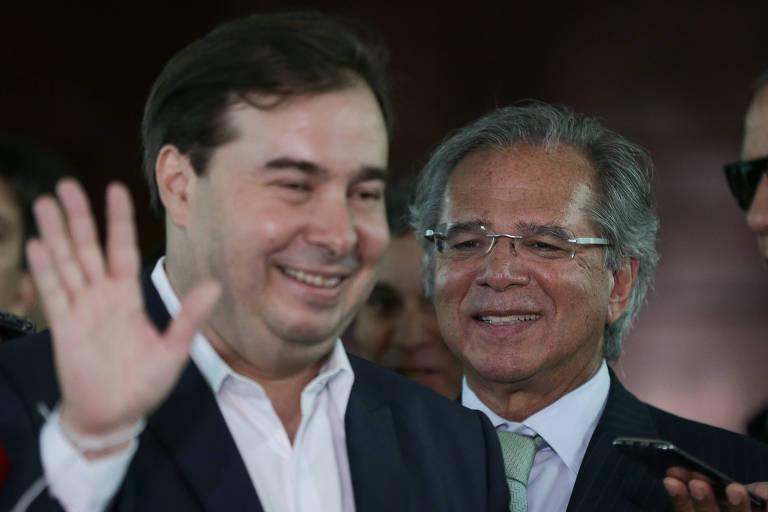O presidente da Câmara, Rodrigo Maia, e o ministro da Economia, Paulo Guedes, em Brasília