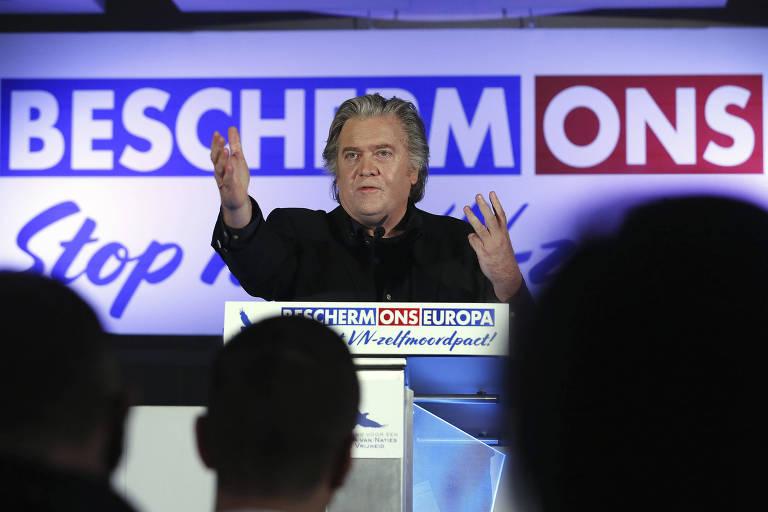 O ex-estrategista da Casa Branca, Steve Bannon, durante uma palestra na Bélgica sobre imigração