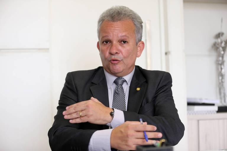 Deputado André Figueiredo (PDT - CE)