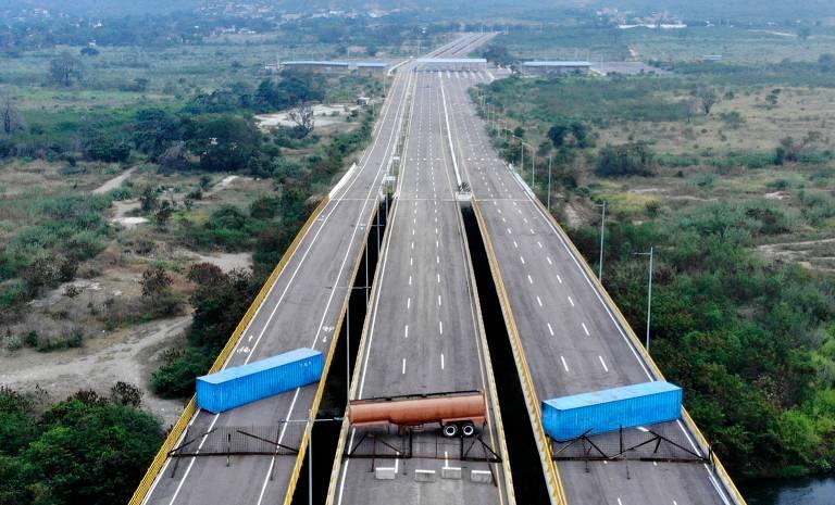 Ponte fechada entre Venezuela e Colômbia